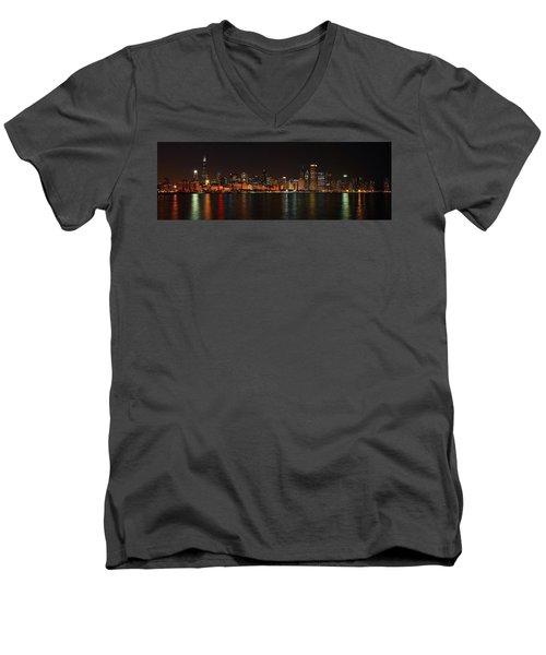 Chicago Panoramic Men's V-Neck T-Shirt
