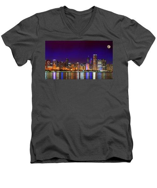 Chicago Skyline With Cubs World Series Lights Night, Moonrise, Lake Michigan, Chicago, Illinois Men's V-Neck T-Shirt