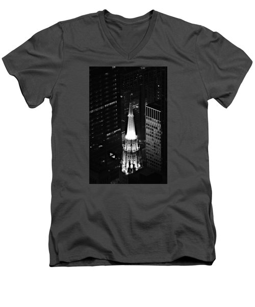 Men's V-Neck T-Shirt featuring the photograph Chicago Temple Building Steeple Bw by Richard Zentner