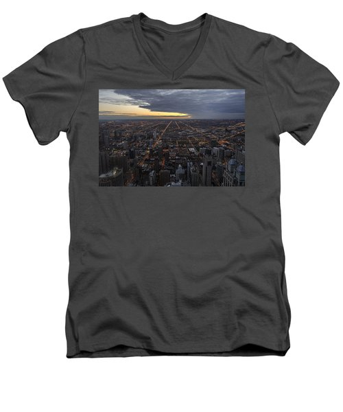 Men's V-Neck T-Shirt featuring the photograph Chicago Westward by Steven Sparks