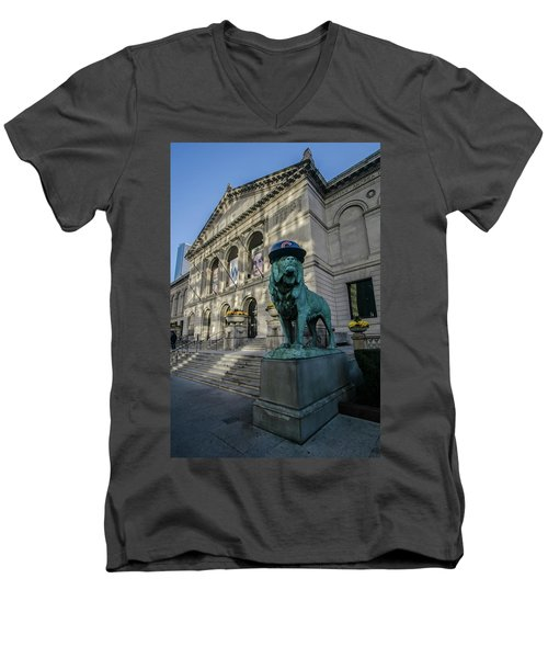 Chicago's Art Institute With Cubs Hat Men's V-Neck T-Shirt