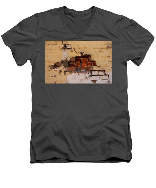 Chico Wall 79 Men's V-Neck T-Shirt