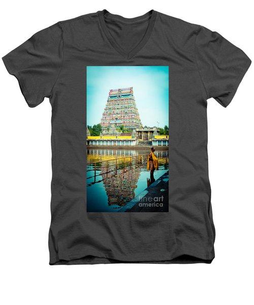 Chidambaram Temple Lord Shiva India Men's V-Neck T-Shirt