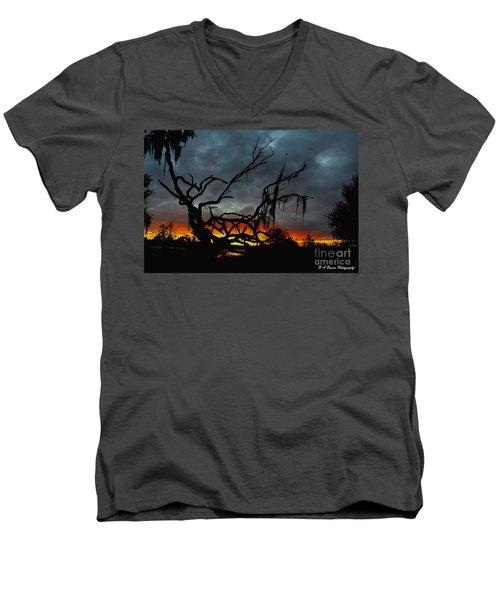 Chilling Sunset Men's V-Neck T-Shirt