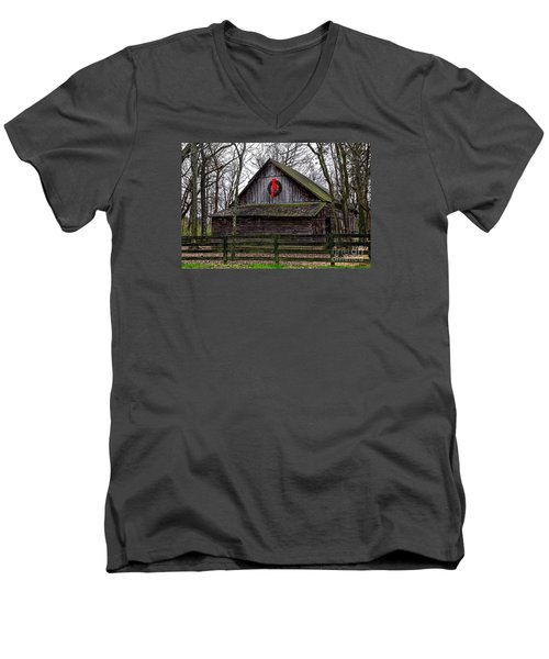 Christmas Barn Men's V-Neck T-Shirt