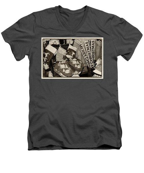 Christmas In The 1930's Men's V-Neck T-Shirt