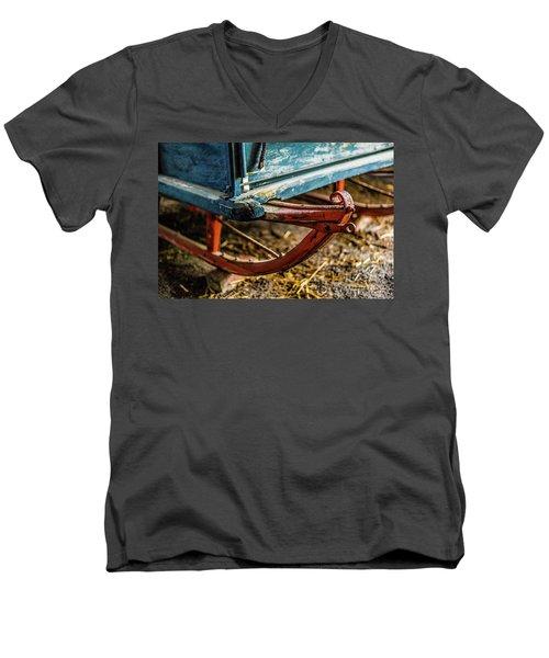 Christmas Sled Men's V-Neck T-Shirt