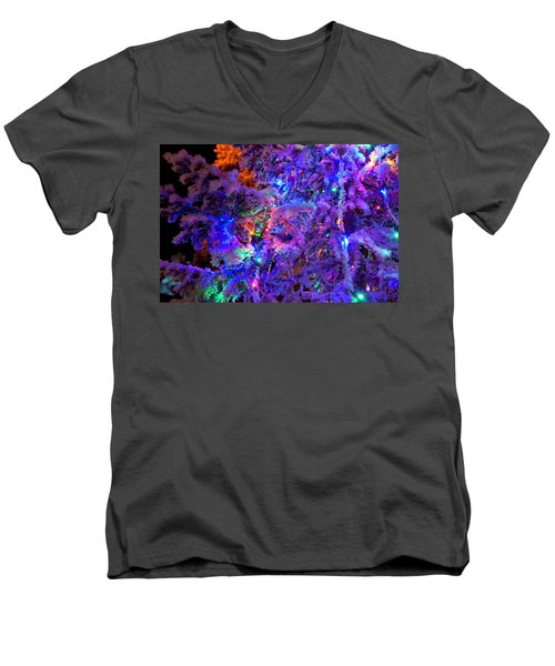 Christmas Tree Night Decoration Men's V-Neck T-Shirt