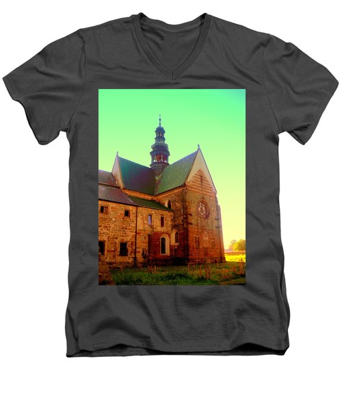 Church Of The Blessed Virgin Mary And St. Florian In The Wachock Men's V-Neck T-Shirt