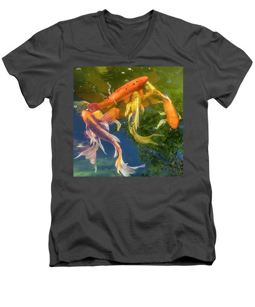Circle Of Koi Men's V-Neck T-Shirt
