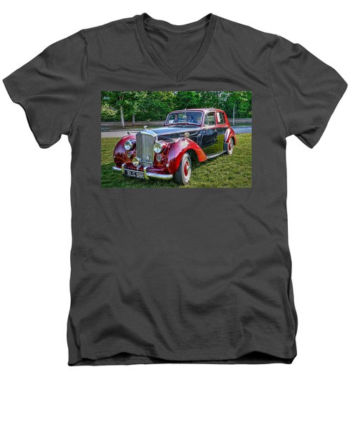 Classic Bentley In Red Men's V-Neck T-Shirt