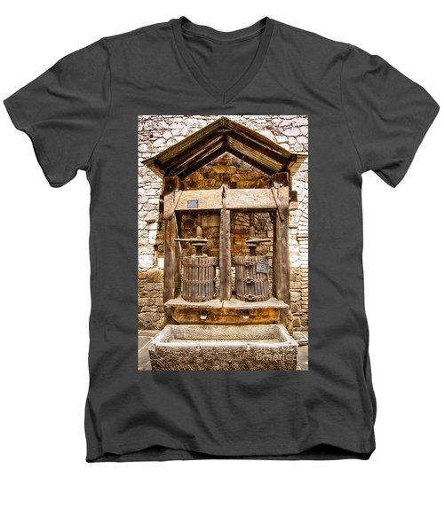 Classic Grape Press Men's V-Neck T-Shirt