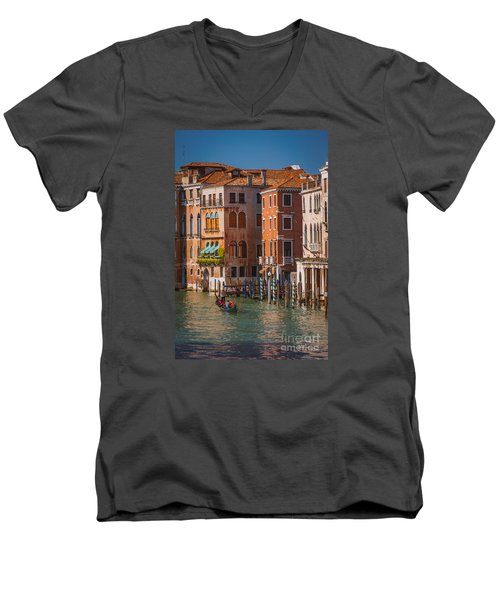 Classic Venice Men's V-Neck T-Shirt