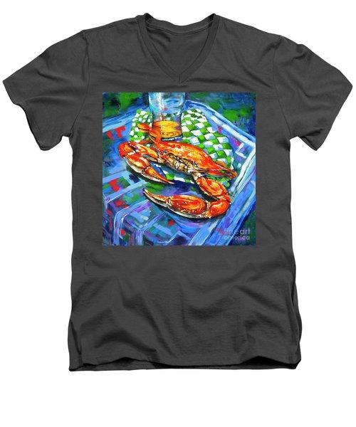 Claw Daddy Men's V-Neck T-Shirt