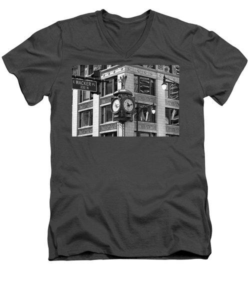 Clock On Jewelers Building - Chicago Men's V-Neck T-Shirt