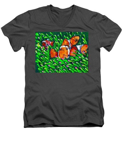 Clownfish II Men's V-Neck T-Shirt