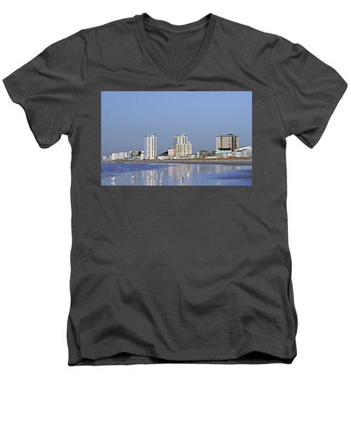 Coastal Architecture Men's V-Neck T-Shirt