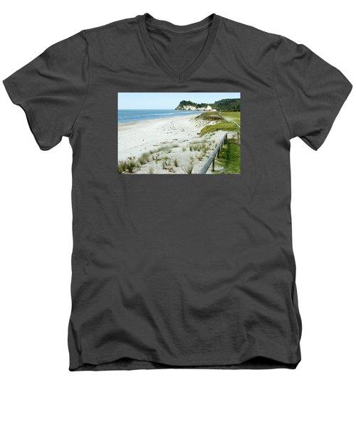 Coastline Nz Men's V-Neck T-Shirt