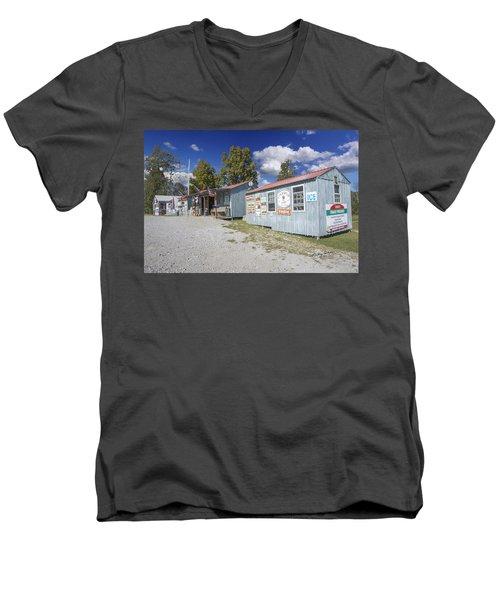 Cockspur Farm Men's V-Neck T-Shirt
