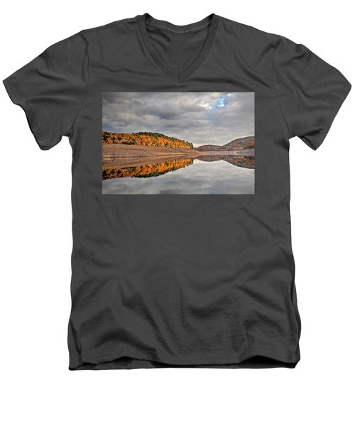 Men's V-Neck T-Shirt featuring the photograph Colebrook Reservoir - In Drought by Tom Cameron