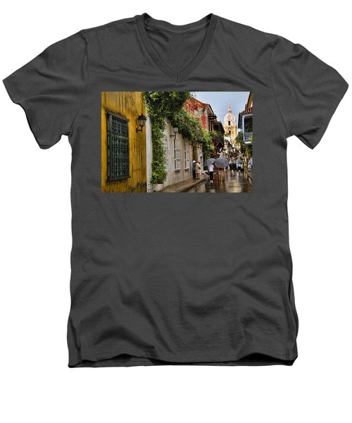 Colonial Buildings In Old Cartagena Colombia Men's V-Neck T-Shirt