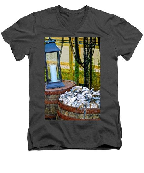 Colonial Life Men's V-Neck T-Shirt