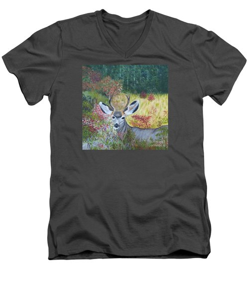 Colorado White Tail Deer Men's V-Neck T-Shirt