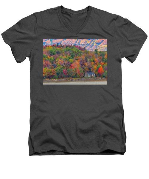Colors In Canada Men's V-Neck T-Shirt