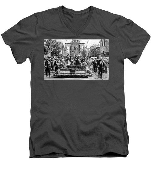 Columbus Day Parade San Francisco Men's V-Neck T-Shirt
