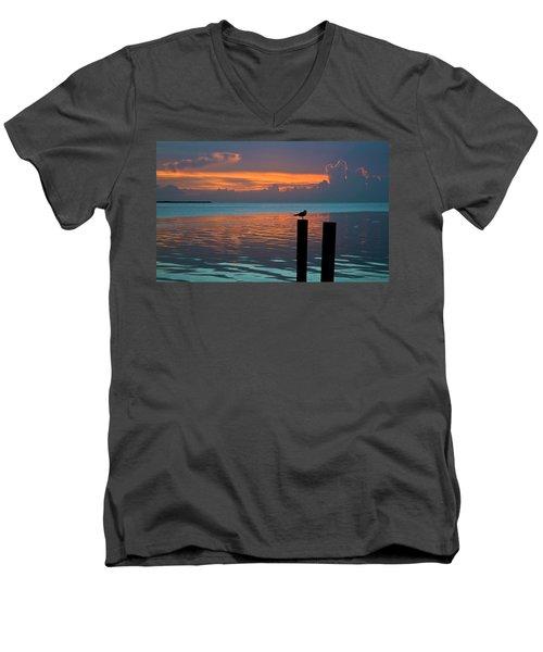 Conch Key Sunset Bird On Piling Men's V-Neck T-Shirt