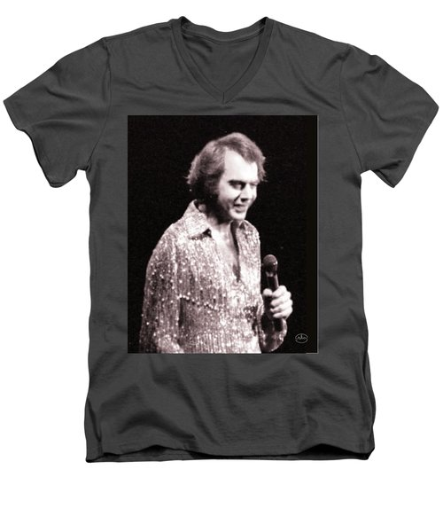 Connecting With The Audience Men's V-Neck T-Shirt by Ron Chambers
