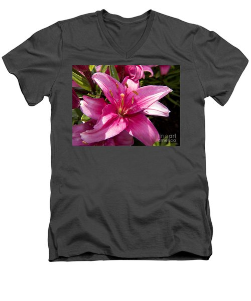 A Lily Speaks Of Love In The Language Of The Heart Men's V-Neck T-Shirt