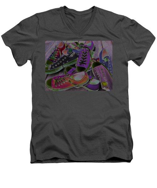 Converse Men's V-Neck T-Shirt