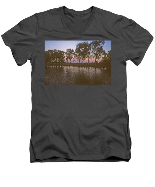 Cooinda Northern Territory Australia Men's V-Neck T-Shirt