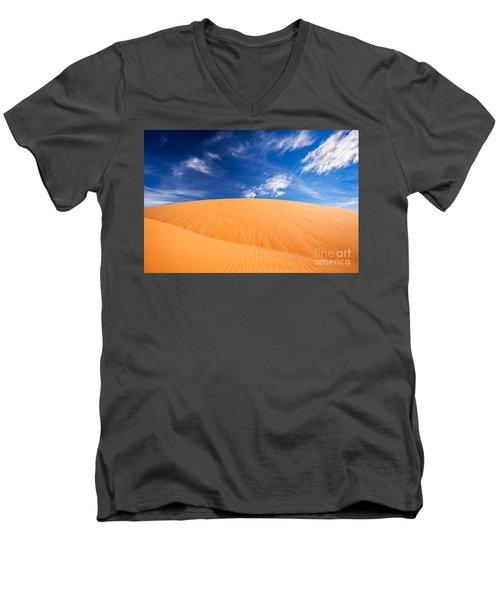 Coral Pink Sand Dunes State Park, Kanab, Utah Men's V-Neck T-Shirt