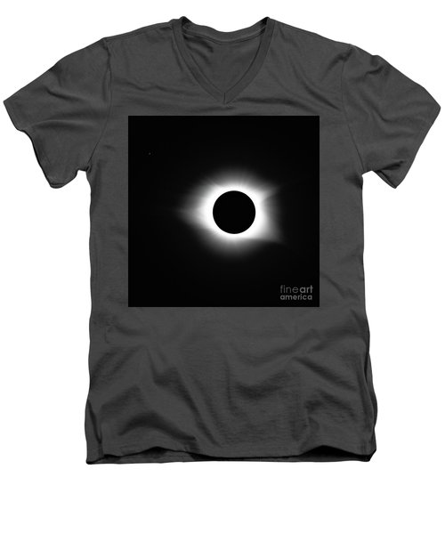 Totality 8-21-2017 Men's V-Neck T-Shirt