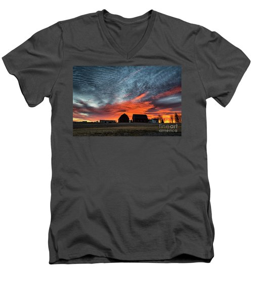 Country Barns Sunrise Men's V-Neck T-Shirt