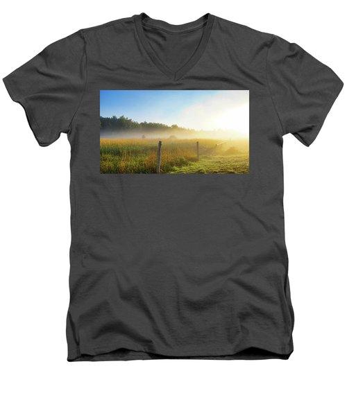 Country Fencerow Men's V-Neck T-Shirt