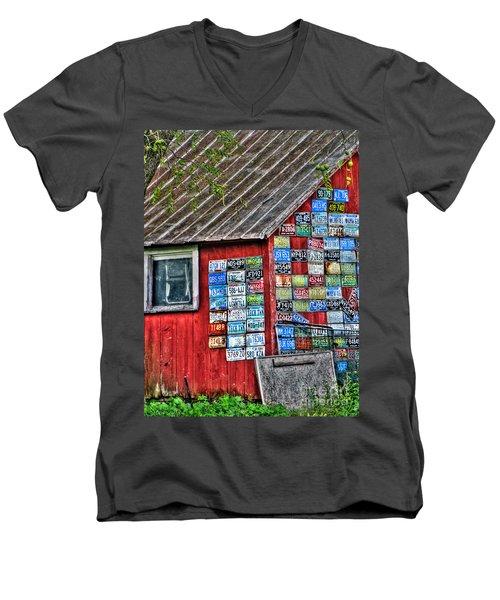 Country Graffiti Men's V-Neck T-Shirt