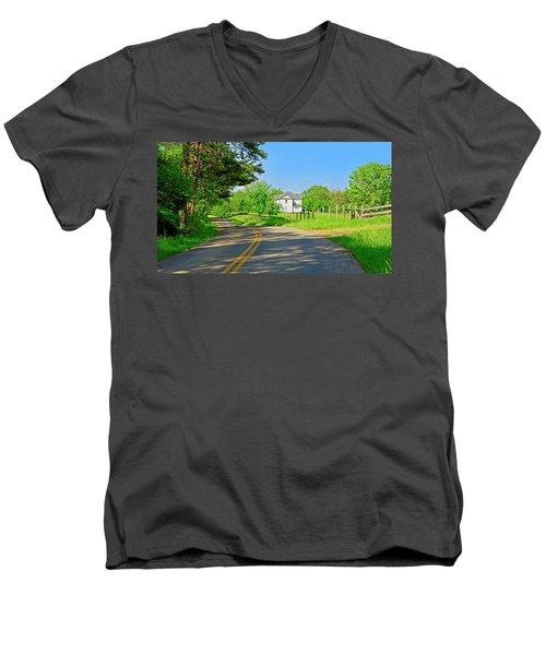 Country Roads Of America, Smith Mountain Lake, Va. Men's V-Neck T-Shirt