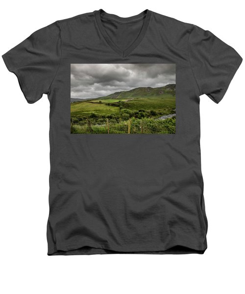 County Kerry Countryside Men's V-Neck T-Shirt