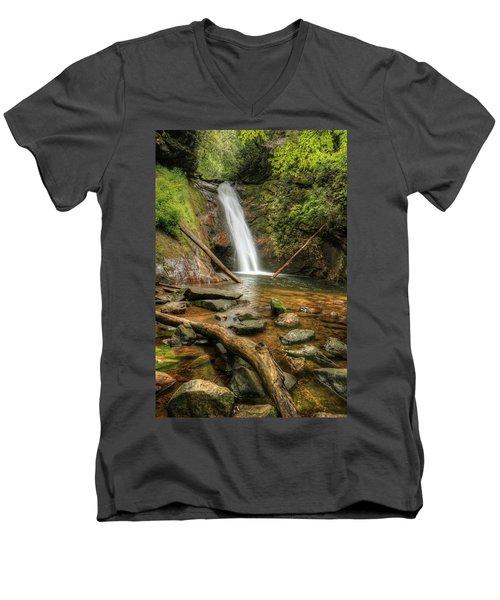 Courthouse Falls Men's V-Neck T-Shirt