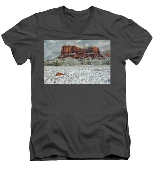Courthouse In Winter Men's V-Neck T-Shirt by Tom Kelly