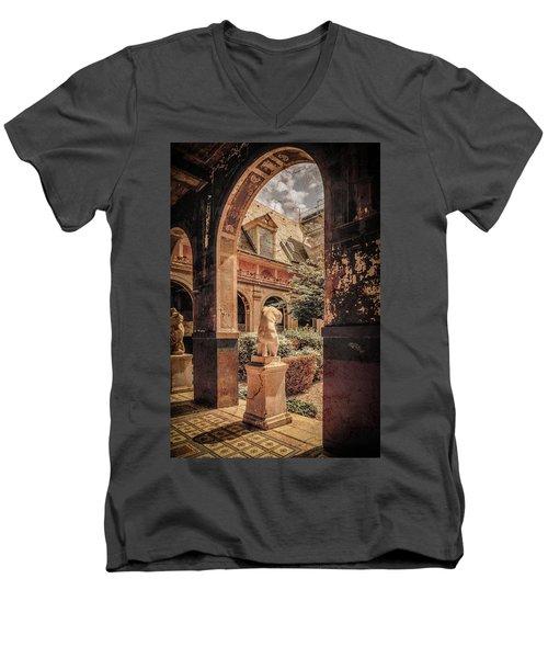 Paris, France - Courtyard East - L'ecole Des Beaux-arts Men's V-Neck T-Shirt