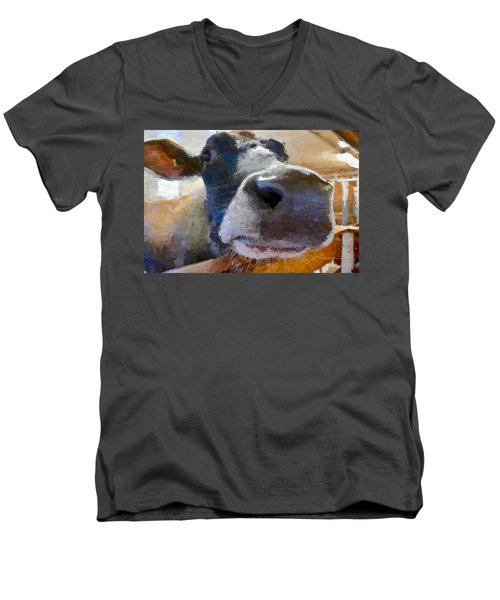 Cow Face Close Up Men's V-Neck T-Shirt