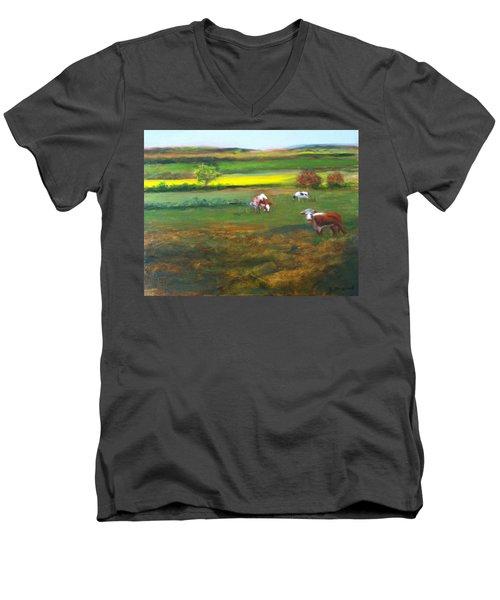 Cowgirls Men's V-Neck T-Shirt