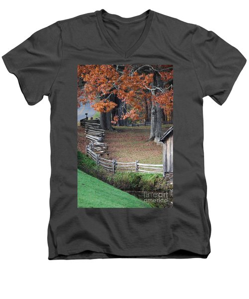 Crooked Fence Men's V-Neck T-Shirt
