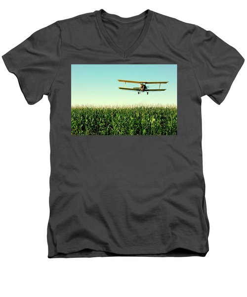 Crops Dusted Men's V-Neck T-Shirt