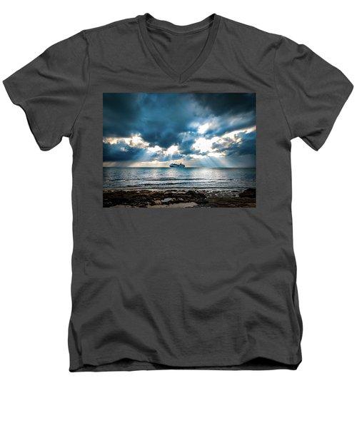 Cruise In Paradise Men's V-Neck T-Shirt