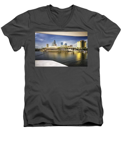 Cruising To Tampa In Hdr Men's V-Neck T-Shirt